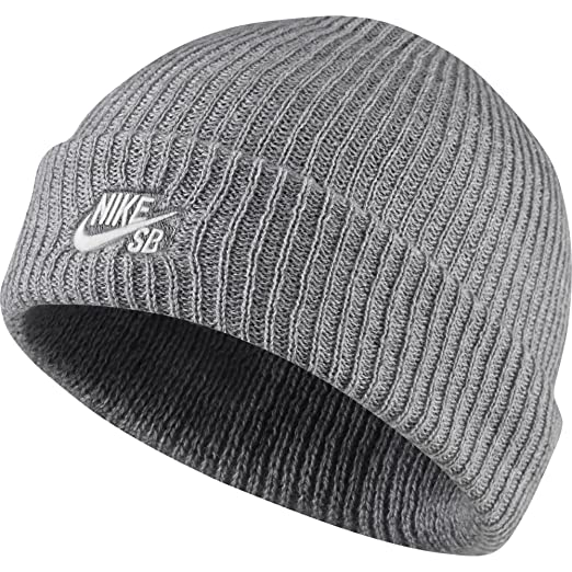 a30395772cd Amazon.com  NIKE Unisex Fisherman Beanie  Sports   Outdoors