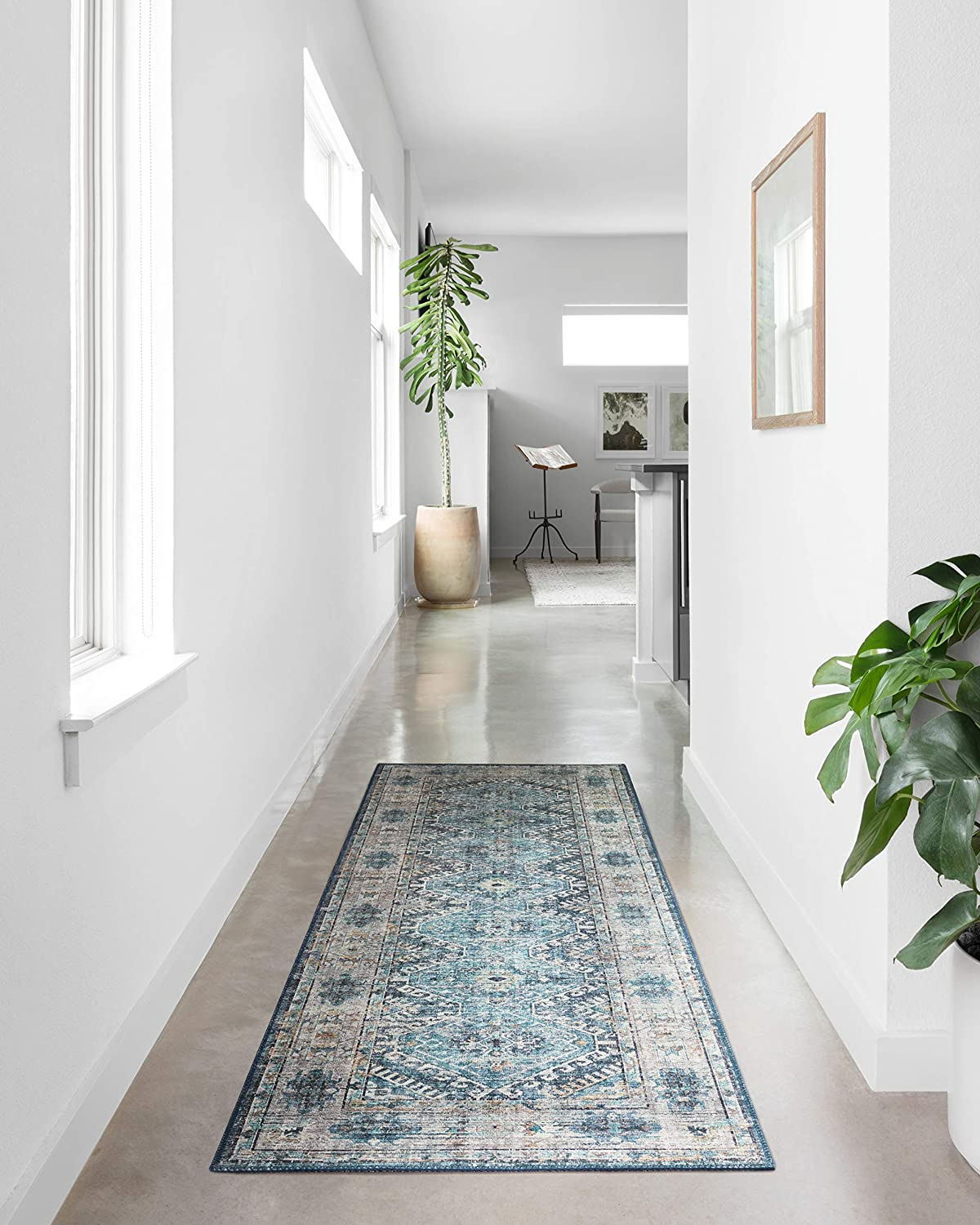 """Loloi ll Skye Collection Printed Distressed Vintage Area Rug, 2'-6"""" x 7'-6"""", Denim/Natural"""