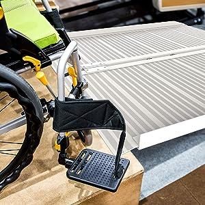 Stalwart 75-CAR1065 Aluminum Wheelchair Ramp, Silver