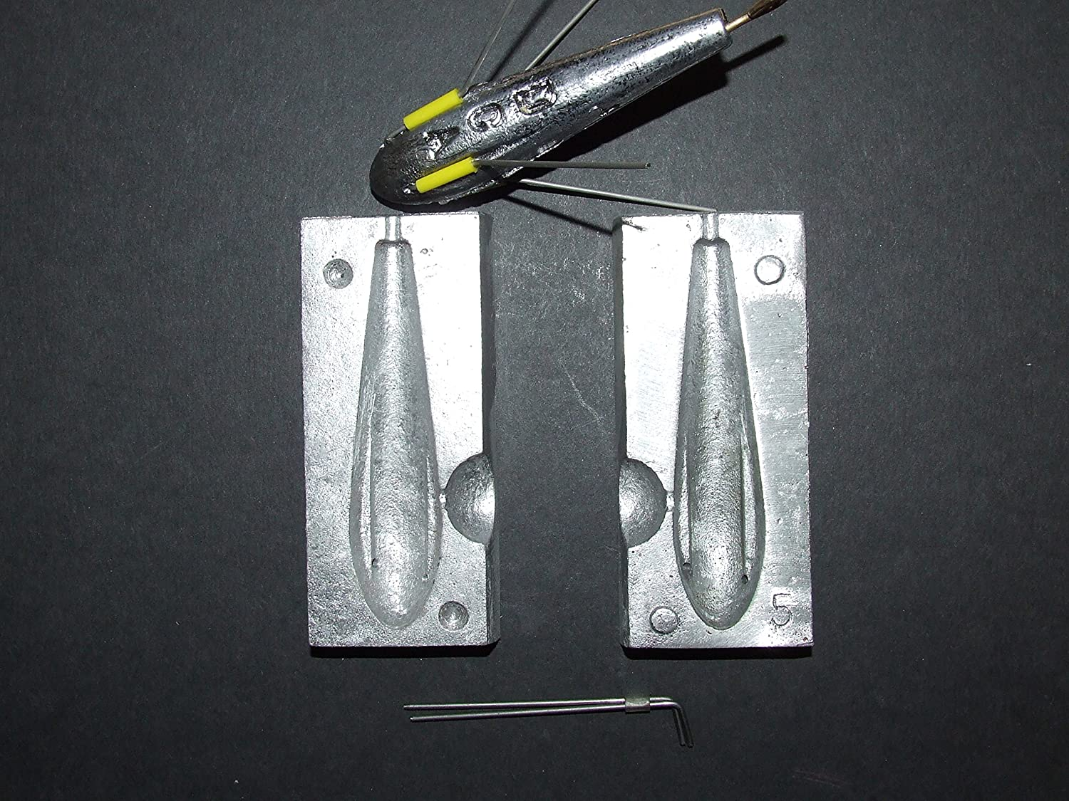 FFT 4 in 1 LEAD WEIGHT MOULD 2 3 4 5oz BEACH BOAT COD CARP COURSE SEA FISHING