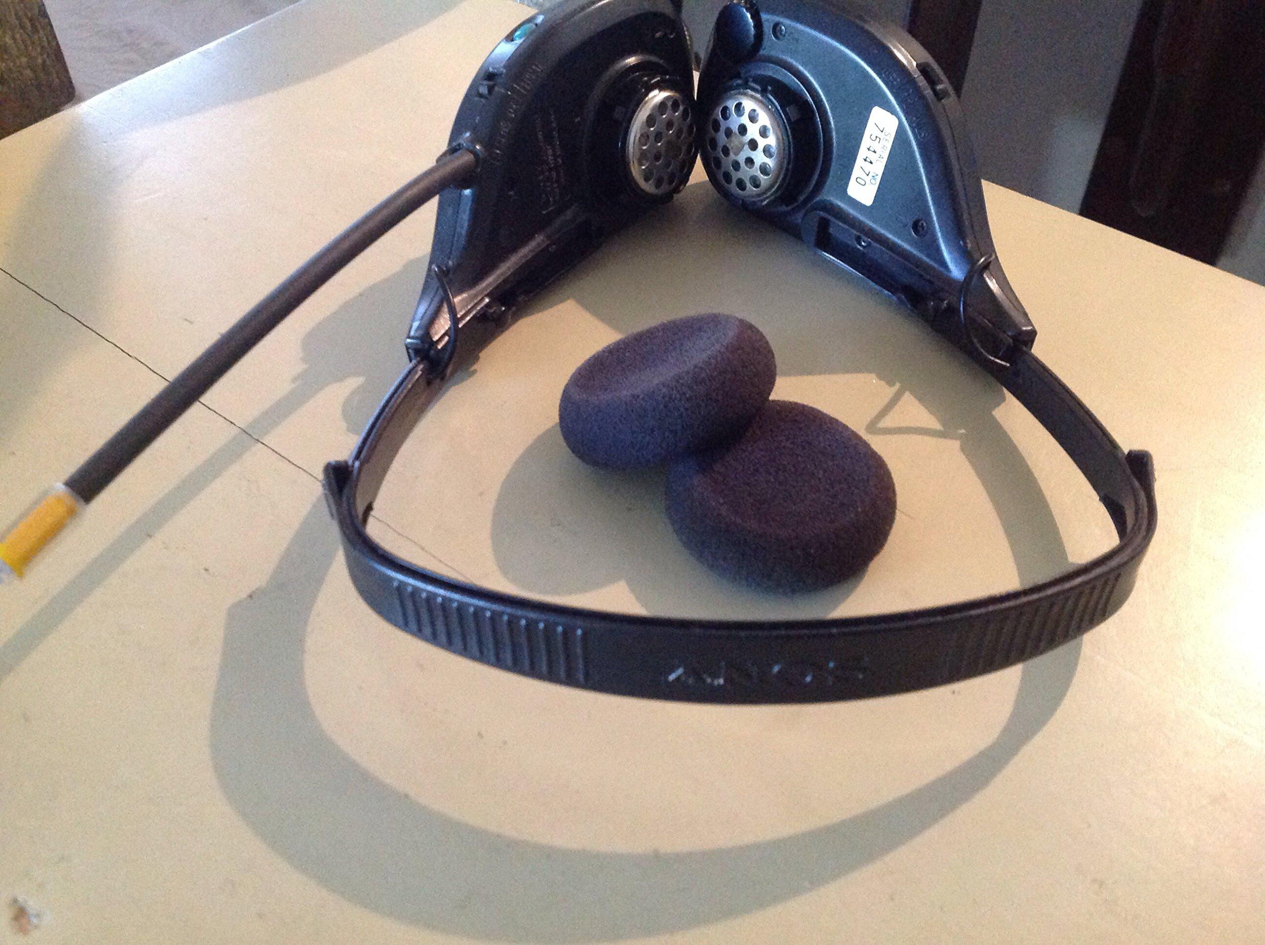Sony SRF-HM22 AM/FM Headphone Radio Walkman