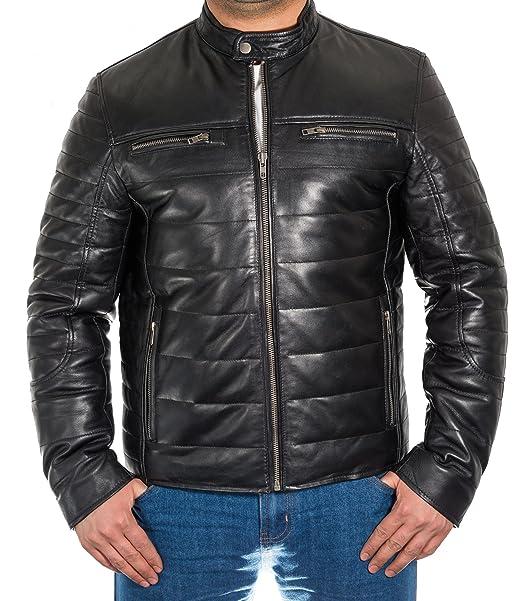 Hombre del negro acolchado de cuero y chaqueta acanalado ...