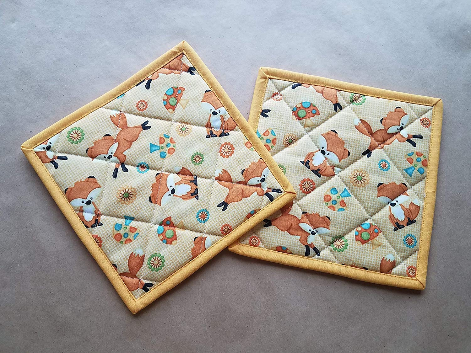 Fox Potholders Set of 2, Vintage Kitchen Linens, Fox Home Decor, Quilted Hot Pads, Insulated trivets, Fox Kitchen Linens, For Fox Sake, Fox, Mushroom, Retro Inspired Kitchen Linens, Gifts Under 20