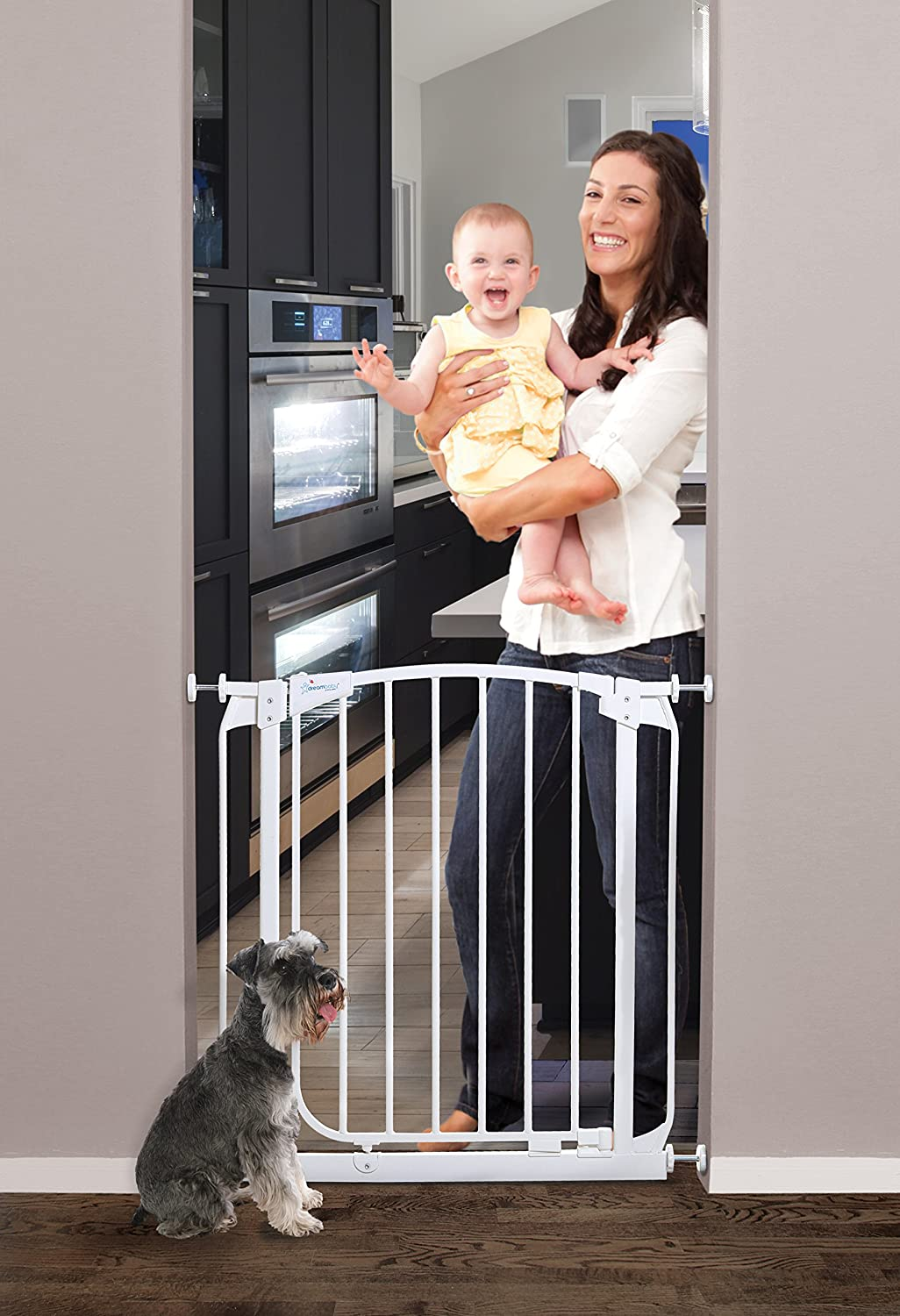 Dreambaby Chelsea 28-35.5in Auto Close Security Gate w Stay Open Feature- White