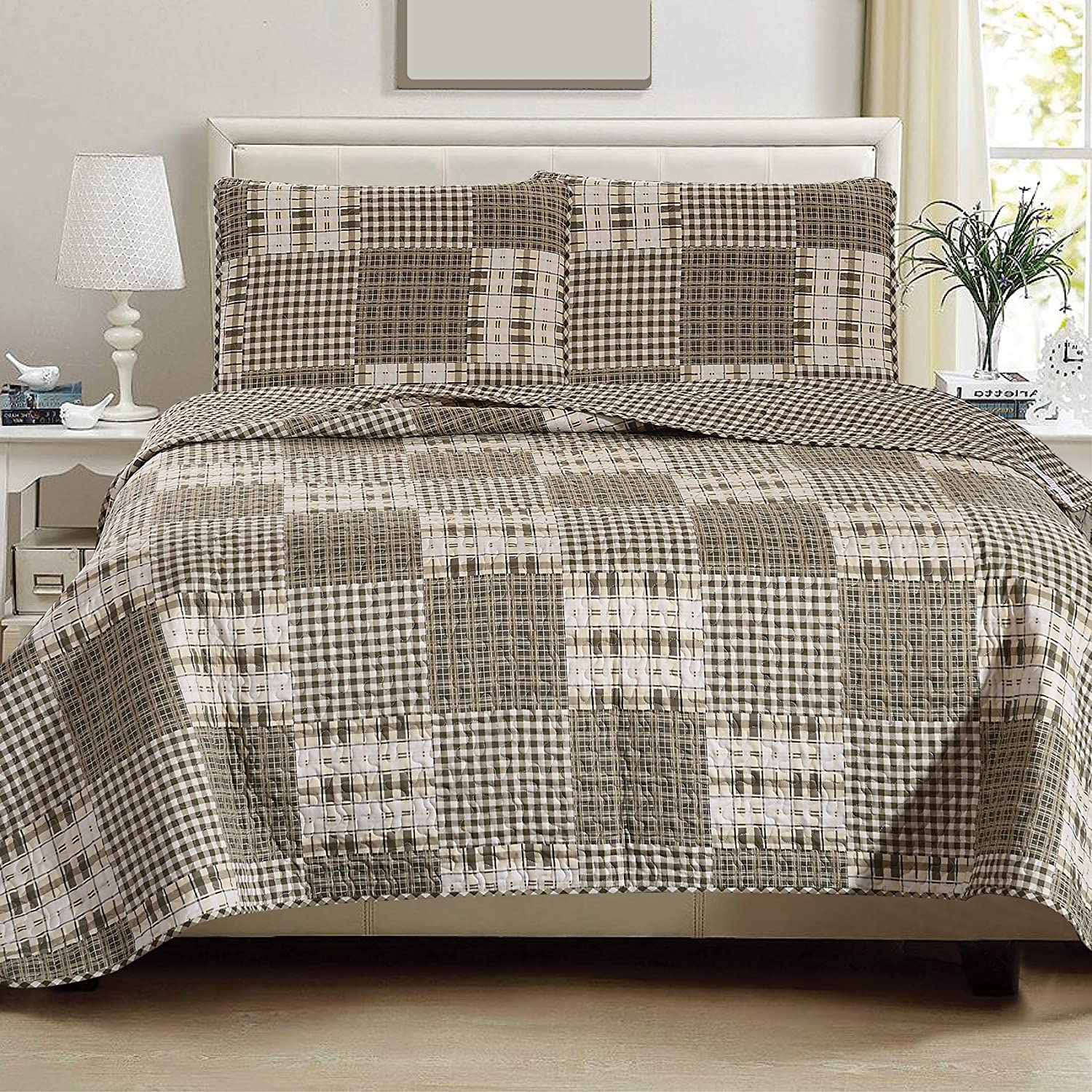 Great Bay Home 3-Piece Lodge Quilt Set with Shams. Durable Cabin Bedspread and Shams with Rustic Printed Pattern. Stonehurst Collection By Brand. (Twin)