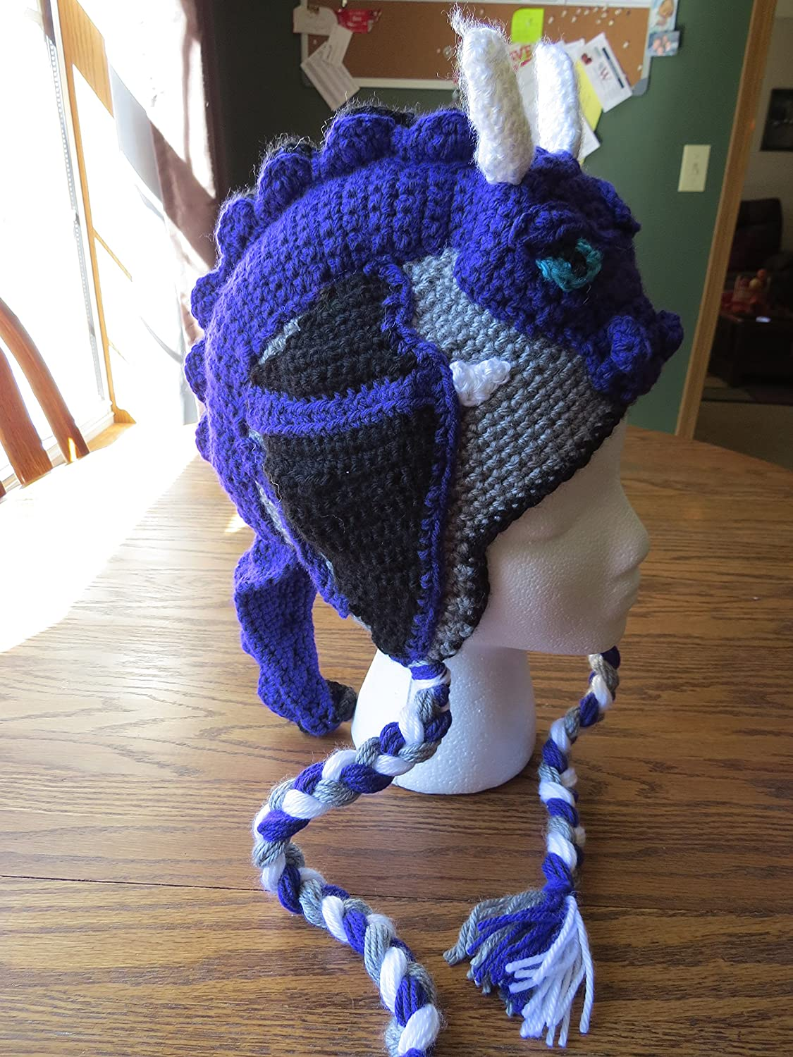 Crochet Hat with Dragon | Dragon Hat | Winter Hat | Beanie | Crochet Hat