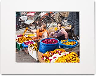 Matted Photo Print – Selling Garlands – Delhi, India – 16x20-11x14-8x10
