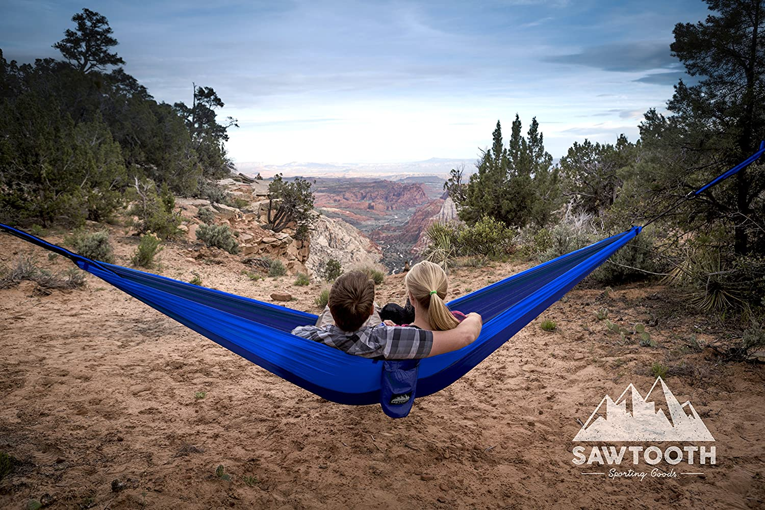 Amazon.com: Sawtooth Double Camping Hammock With Tree Straps and Aluminum  Carabiners - COMPLETE KIT - Lightweight Portable Parachute Nylon for  Backpacking ... - Amazon.com: Sawtooth Double Camping Hammock With Tree Straps And