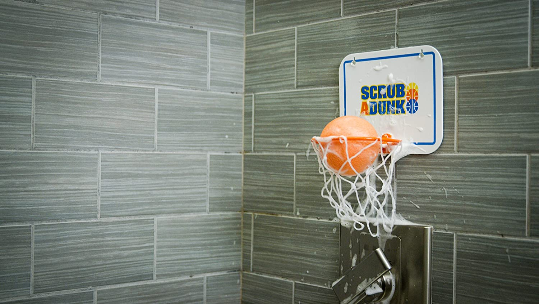 Scrub-a-dunk The Bathtub Basketball Hoop For Baby Ballers Harlem Globetrotters Baby