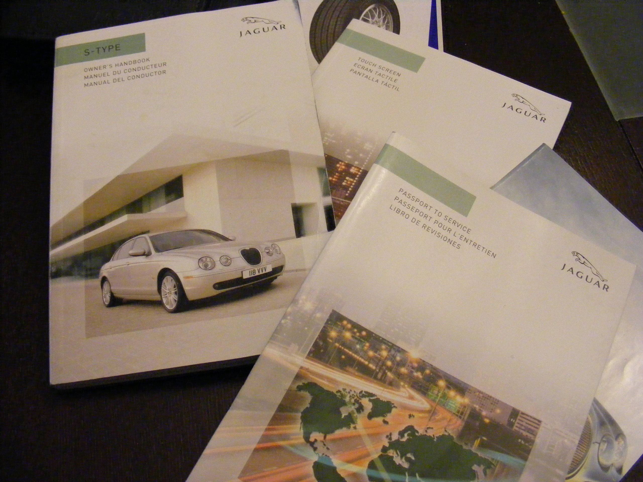 06 Jaguar S-Type Vehicle Owners Manual Handbook Guide Set: Jaguar:  Amazon.com: Books