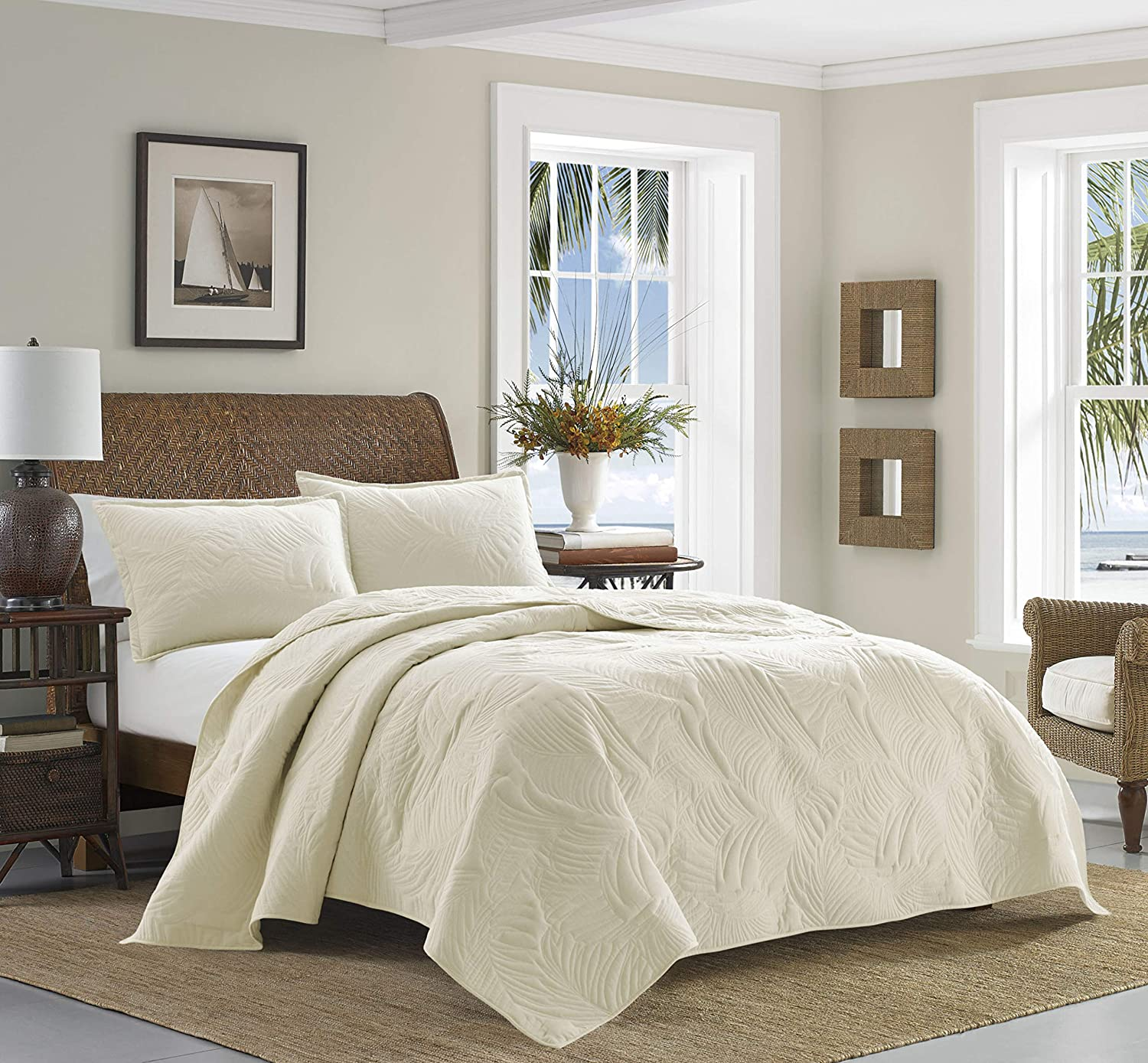 Tommy Bahama | Paradise Fronds Bedding Collection | Luxury Quality Ultra Soft Cotton Quilt Coverlet 3 Piece Set, Comfortable & Stylish Design for Home Décor, King, Ivory