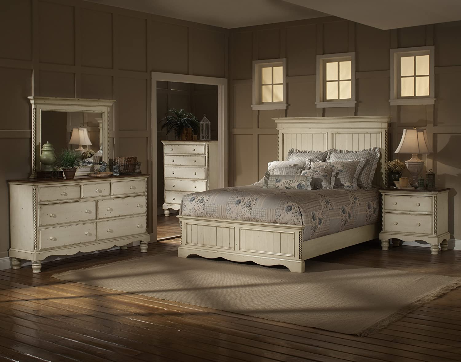 Amazon.com: Wilshire Panel Bed w High Profile Headboard in Antique ...