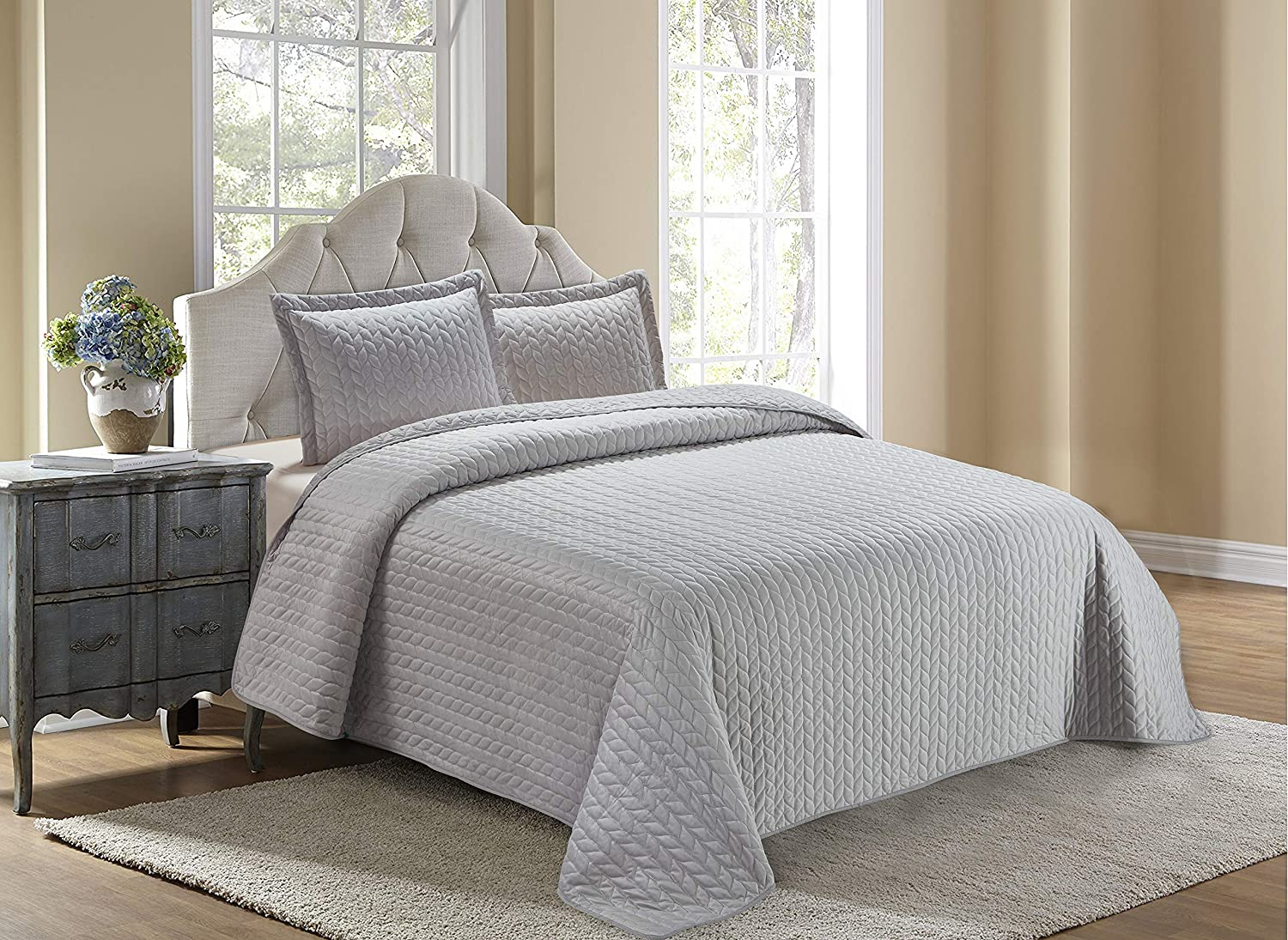 Home Collection Velvet 3 Piece King/California King Modern Quilted Coverlet Bedspread Set Velvet Solid Silver/Light Grey Soft Touch New