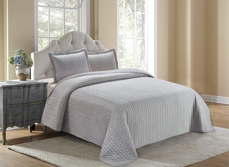 Better Home Style Modern Luxury Velvet Quilt Coverlet 3 Piece Quilted Bedspread Bedding Set Lush & Soft # Velvet (King/Cal-King, Silver)