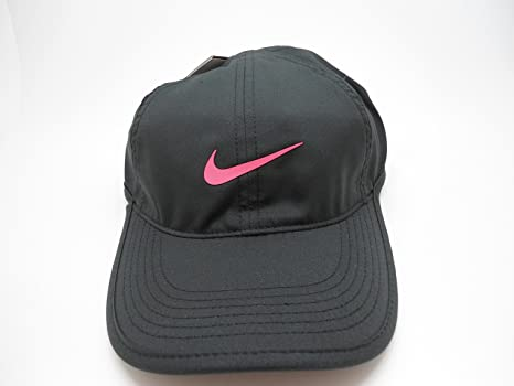 Amazon.com  Nike Youth Unisex Featherlight Hat Cap Adjustable Kids ... ecfe95a0017