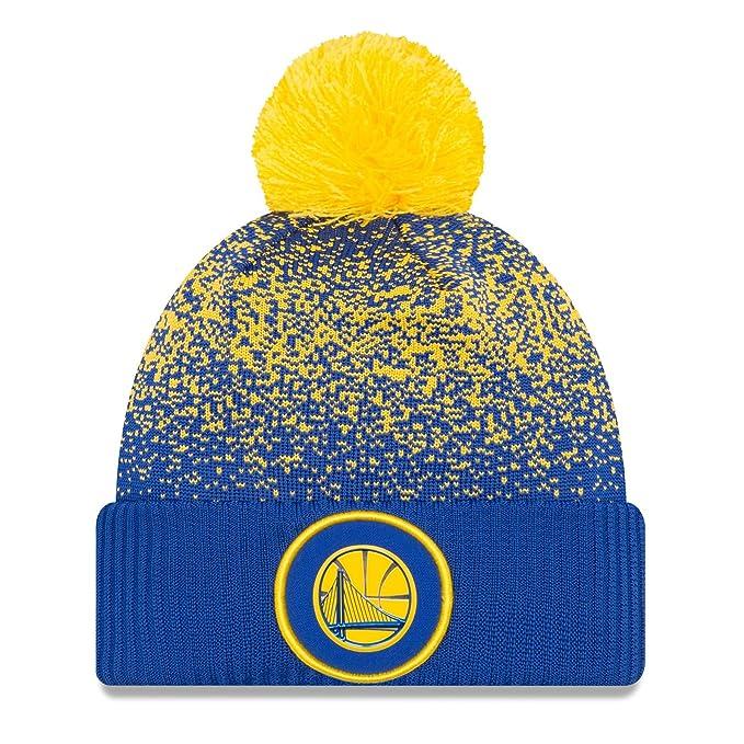 ce0b343e316 Amazon.com   New Era Golden State Warriors On-Court Pom Knit Beanie ...