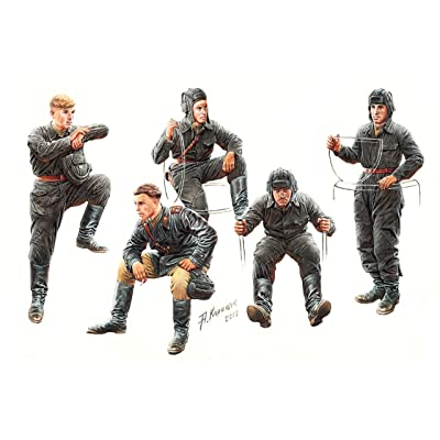 "Master Box Models \""Soviet Tank Crew\"" 1943-1945 Model Building Kit (5 Figures Set), Scale 1/35: Toys & Games [5Bkhe0303015]"