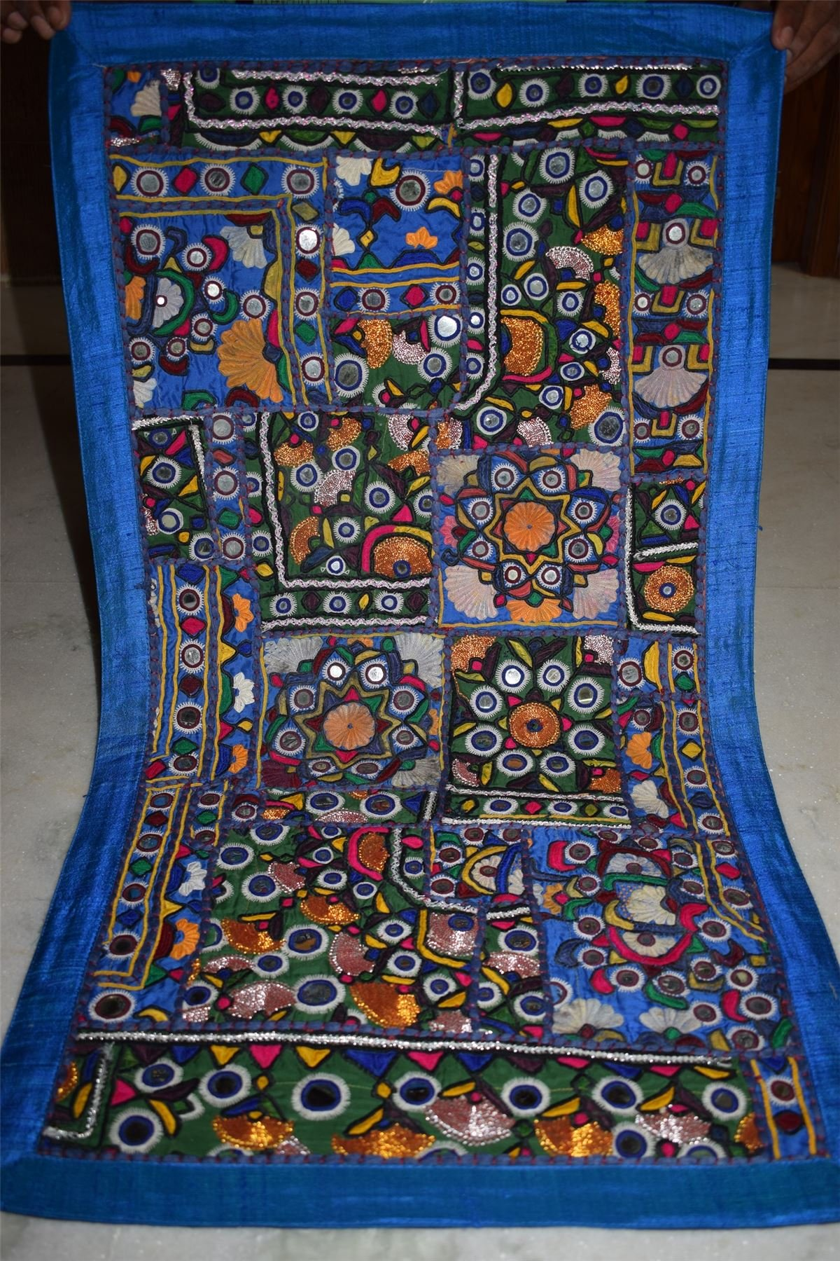 INDIA HANDMADE PATCHWORK WALL HANGING EMBROIDERED VINTAGE TAPESTRY 70