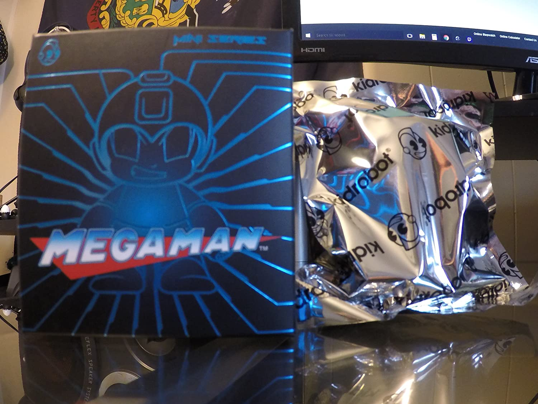 varios tamaños Mega Man x Kidrobot Mini Mini Mini Series Blind Box (Styles May Vary) Vinyl Figure by Megaman  nuevo estilo