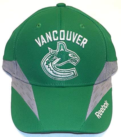 889ac3ee164 Image Unavailable. Image not available for. Color  Vancouver Canucks NHL  Practice St. Pats Flex Reebok Hat ...
