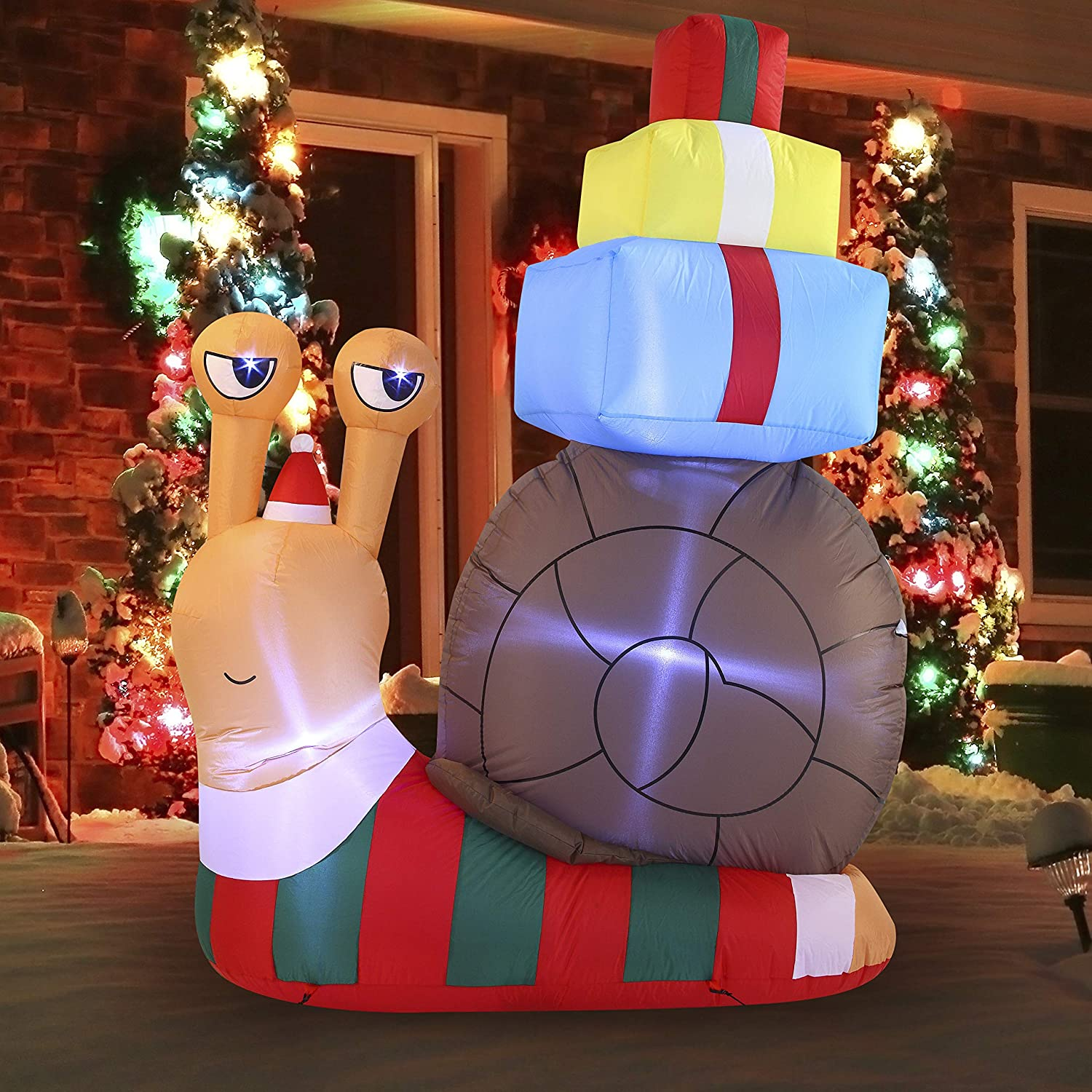 Joiedomi Christmas Inflatable Decoration 6ft Cute Snail with a Stack of Gifts Inflatable with Build-in LEDs Blow Up Inflatables for Xmas Party Indoor, Outdoor, Yard, Garden, Lawn, Winter Decor