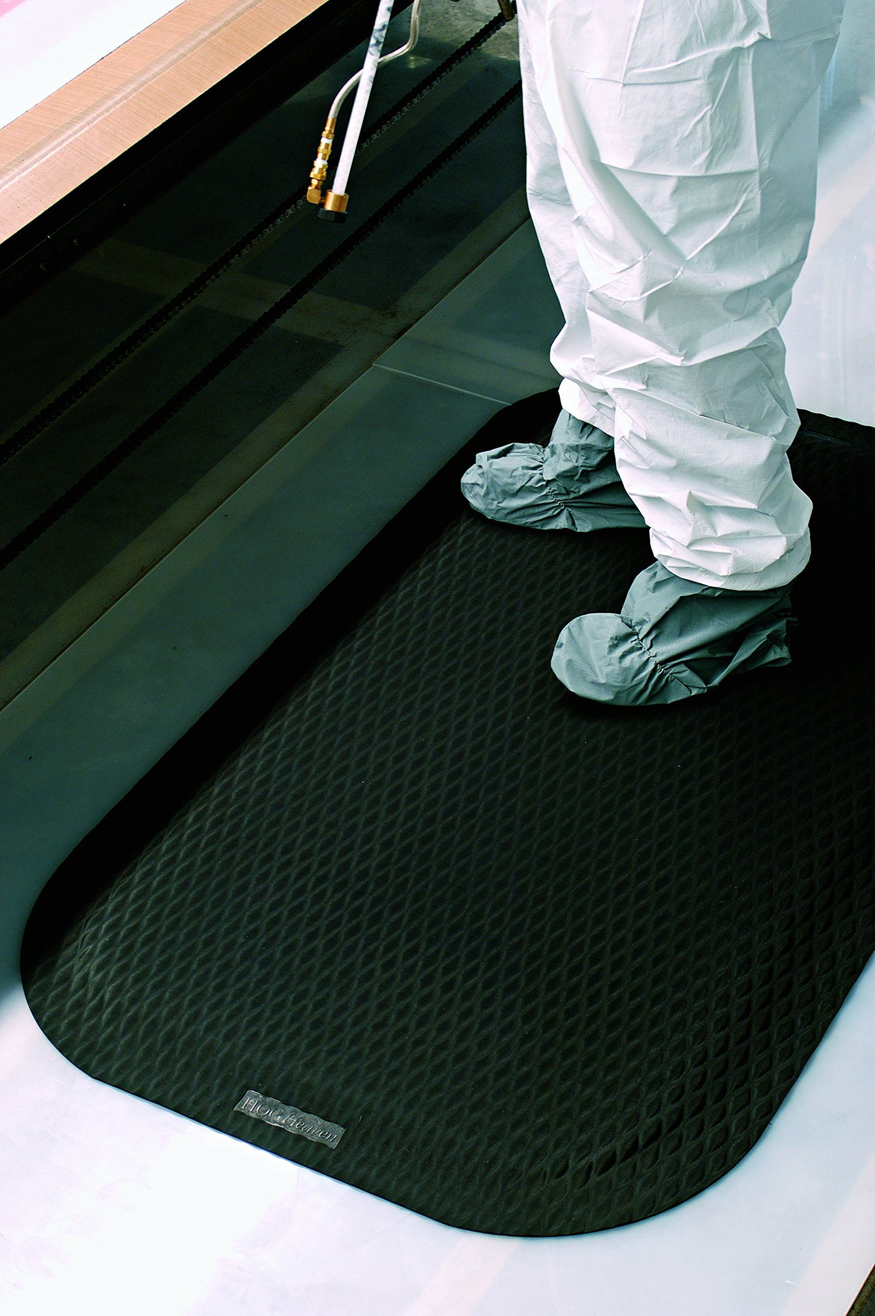 Hog Heaven Ergonomic Anti-Fatigue Mat 7/8'' 3' Length x 2' Width x Black by M+A Matting by M+A Matting (Image #4)