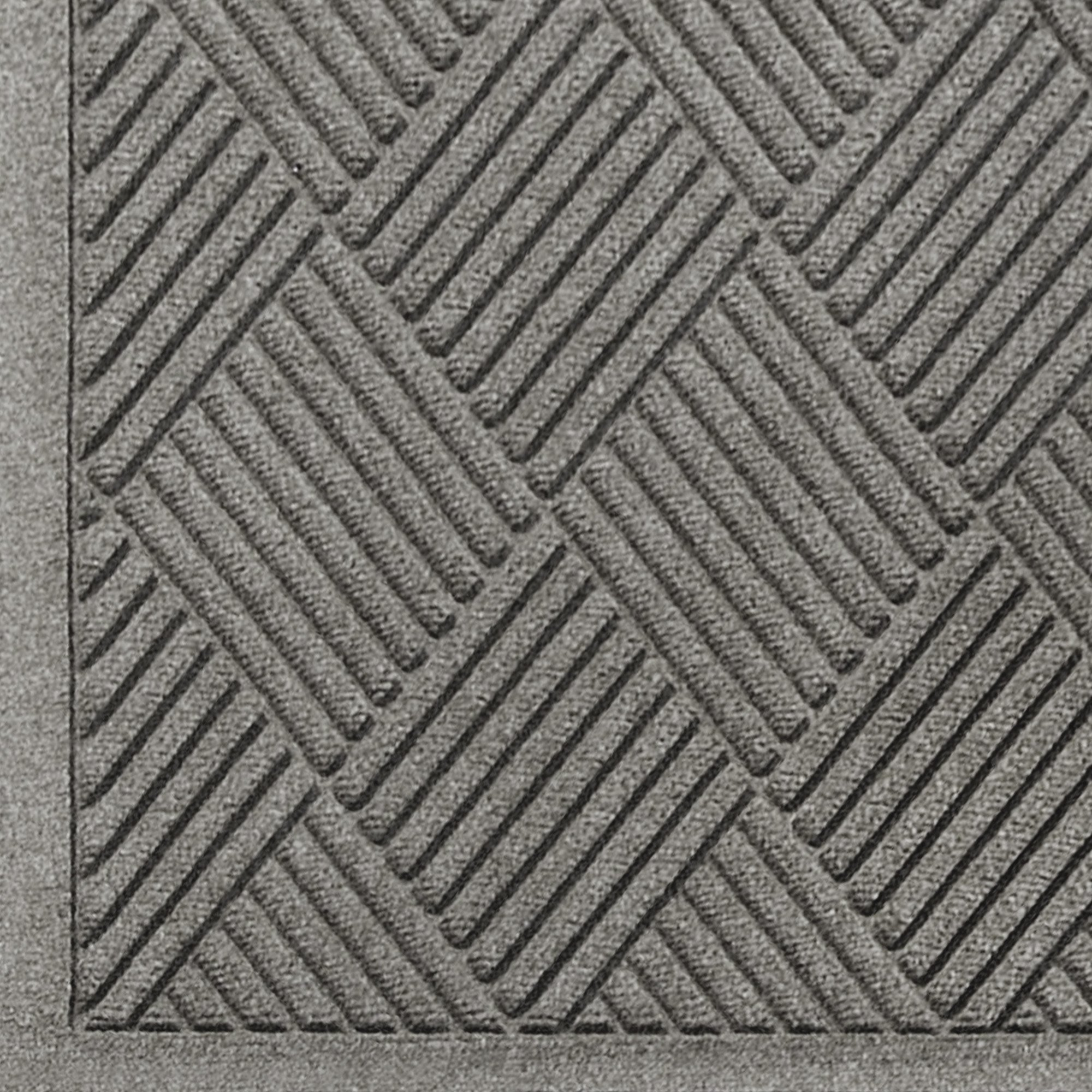 Andersen 221 Waterhog Fashion Diamond Polypropylene Fiber Entrance Indoor/Outdoor Floor Mat, SBR Rubber Backing, 8.4' Length x 4' Width, 3/8'' Thick, Medium Grey