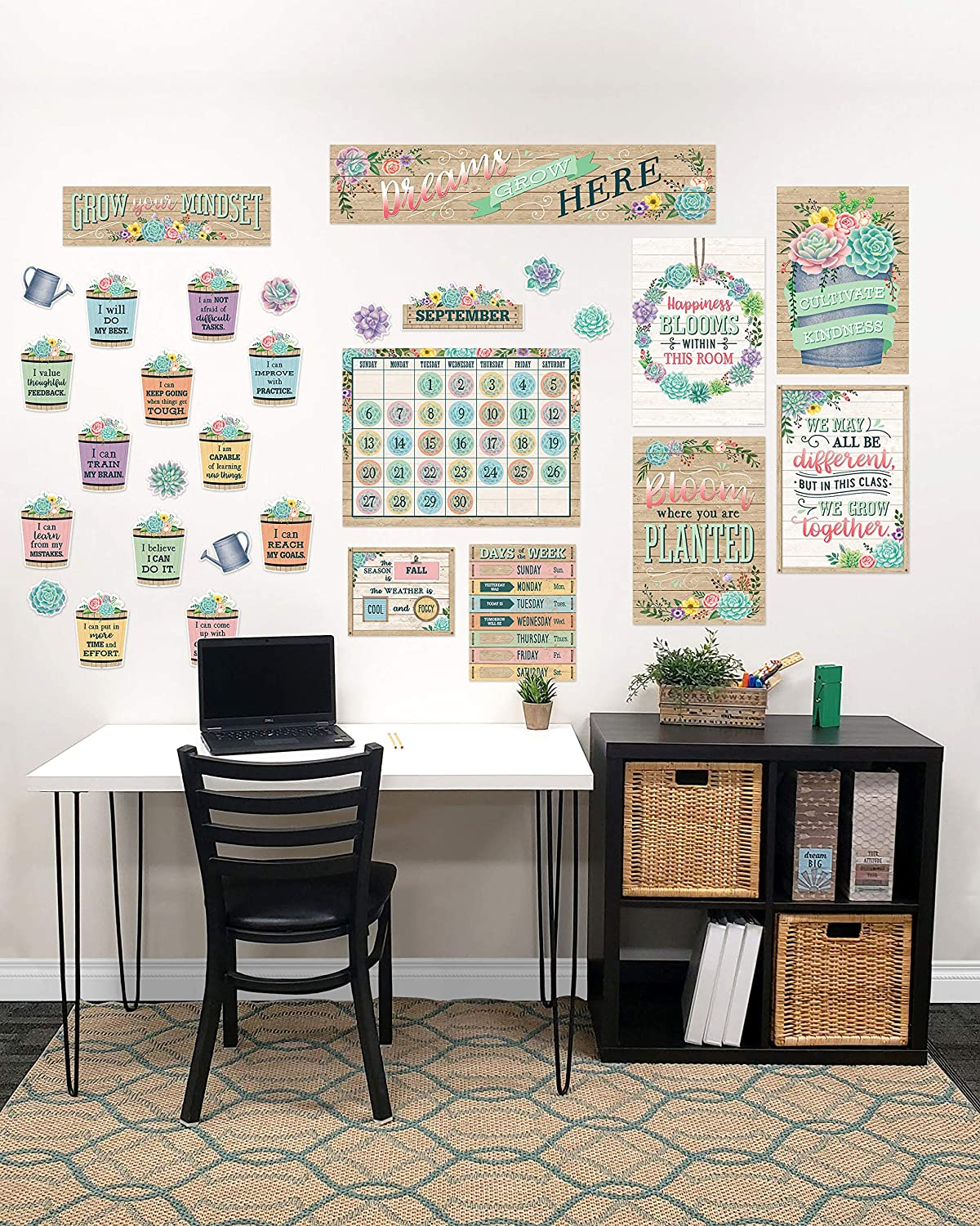 Teacher Created Resources Classroom at Home Decor Kit: Rustic Bloom (TCR2088544)