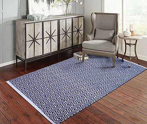 Fernish D cor 100 Contemporary Cotton Diamond Design Area Rug Fully Reversible, Size-5 X 7 , Machine Washable, Unique for Bedroom, Living Room, Kitchen, Nursery- Navy White