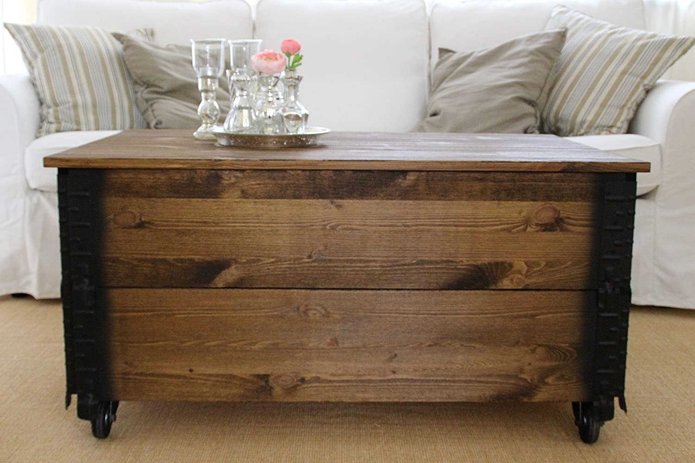 Mesa baja auxiliar tipo baúl de madera maciza de nogal, de estilo ...