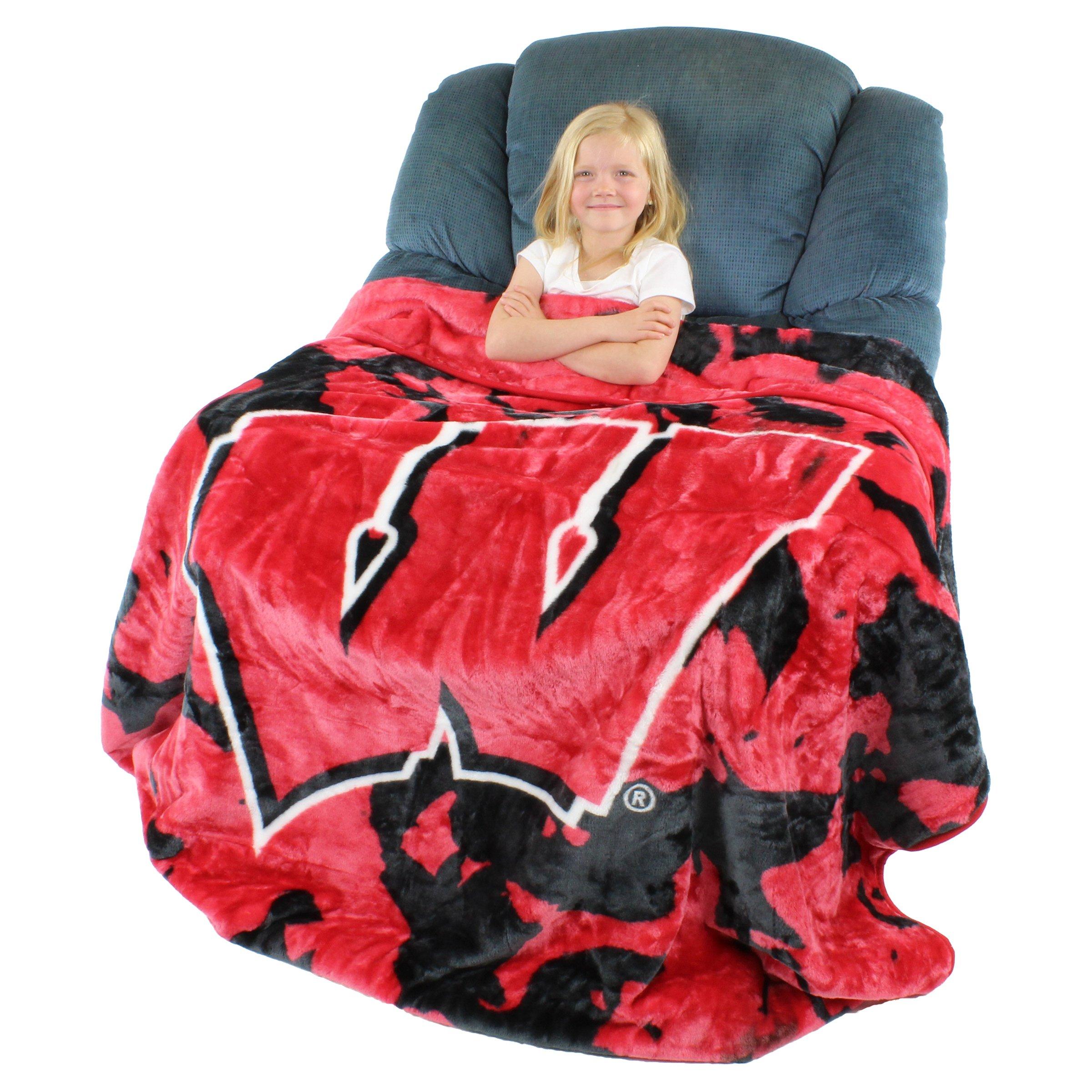 College Covers Wisconsin Badgers Soft Rachel Plush Throw Blanket, 63 x 86''
