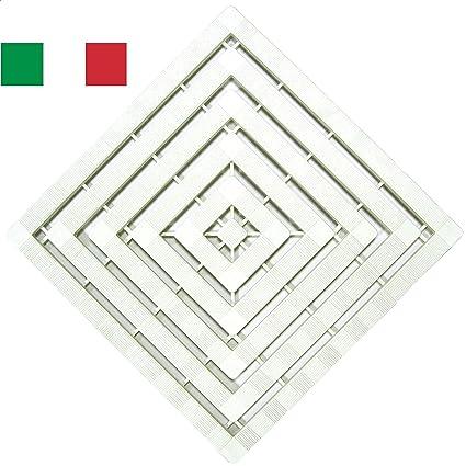 Pedana Per Doccia Plastica.Cenni 77351 Pedana Doccia 50 X 50 In Plastica Con Gommini Antiscivolo Bianca Made In Italy