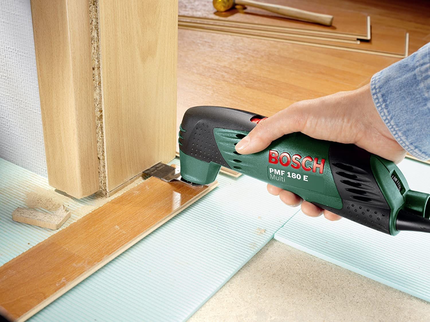 Bosch Pmf 180 E Multifunctional Allrounder Oscillating Multi Tool With Cutting Discs Saw Blades And Discontinued By Manufacturer Amazon Co Uk Diy