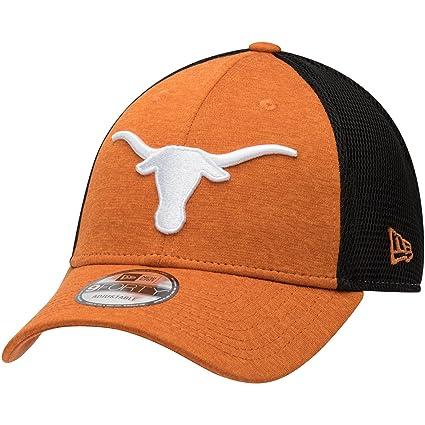 e5b4bad90d9 Amazon.com   Texas Longhorns New Era Tech Trim 9FORTY Adjustable Hat Texas  Orange   Sports   Outdoors