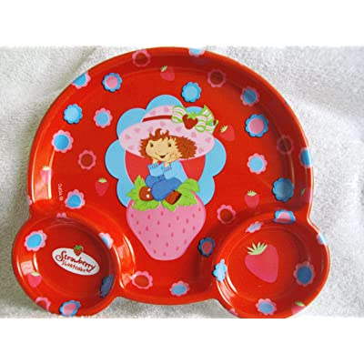 Strawberry Shortcake Plastic Kids Plate by Strawberry Shortcake: Kitchen & Dining