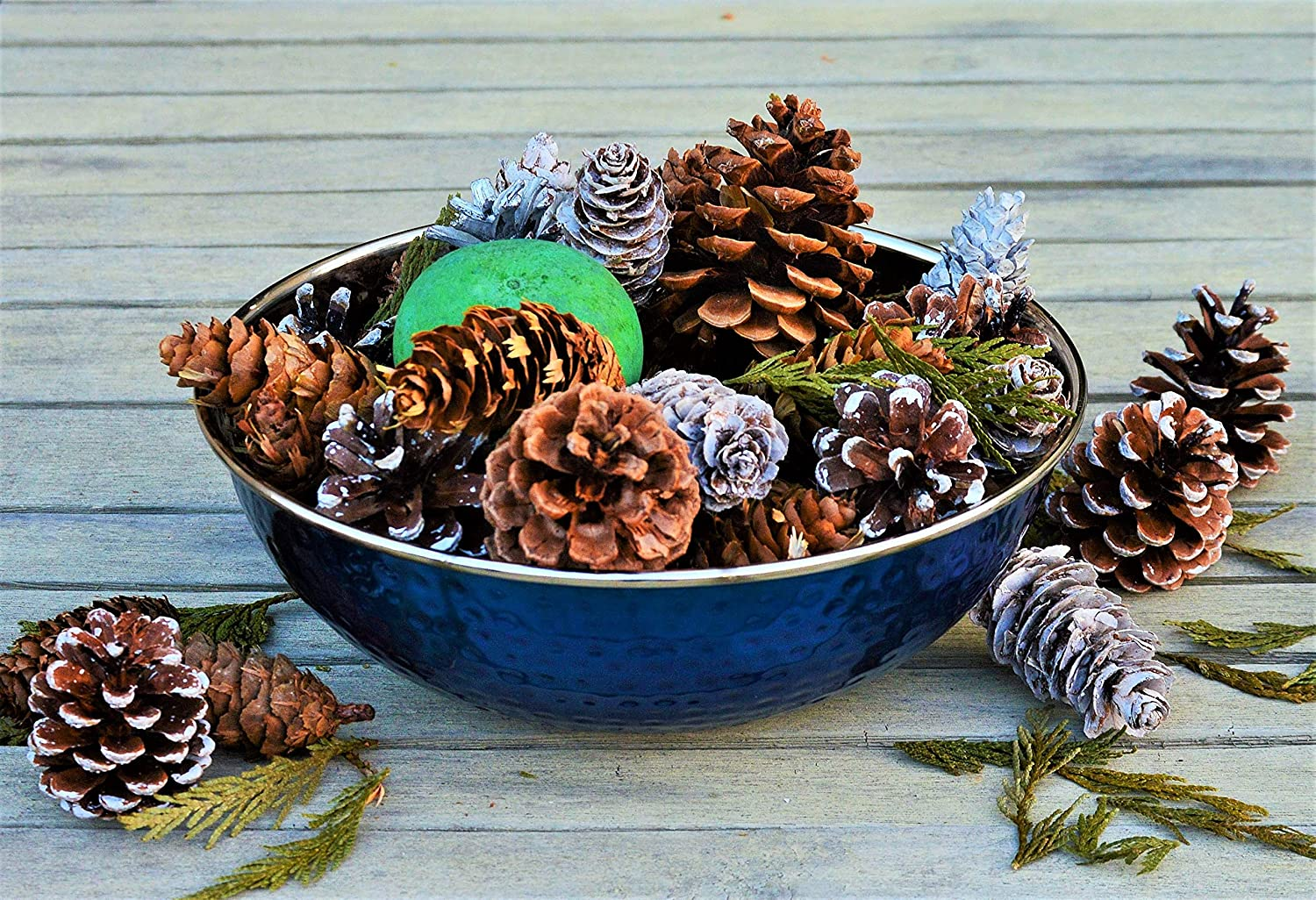 Manu Home Holiday Pine Potpourri in a Beautiful Stainless Steel Blue Bowl ~A Clean Scent of Fresh Forest Pine Potpourri with Fresh Evergreen, Juniper and Mint ~ Ready to Display or Gift~ Made in USA