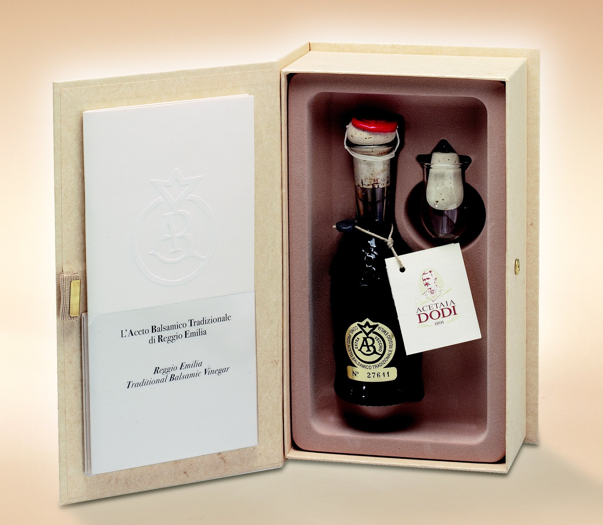 Traditional Balsamic Vinegar, Reggio Emilia, Gold Label, Aged minimum of 25 years, 100 ml
