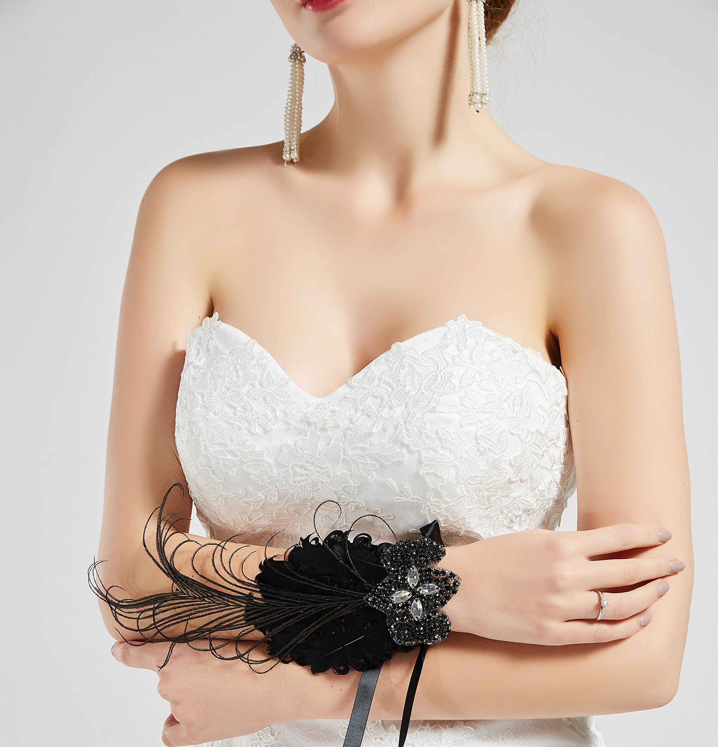 BABEYOND 1920s Wedding Wrist Corsage Gatsby Peacock Feather Bridal Wristband Corsage Roaring 20s Flapper Wedding Costume Accessories (Black by BABEYOND (Image #4)