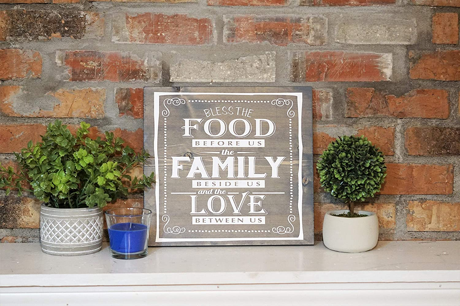Bless The Food, Family and Love Wall Art Sign Hanging Printed Wood Plaque for Outdoor Indoor Home Rustic Farmhouse Porch Wall Decor 12