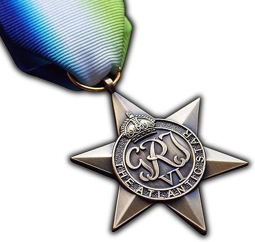 Medalla militar en forma de estrella de la Commonwealth de la Segunda Guerra Mundial con texto en inglés The Atlantic Star, reproducción honorífica de tamaño completo: Amazon.es: Deportes y aire libre