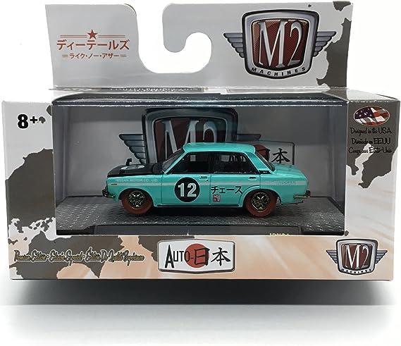 NP13 M2 Machines Mooneyes 1969 Datsun Bluebird bleu