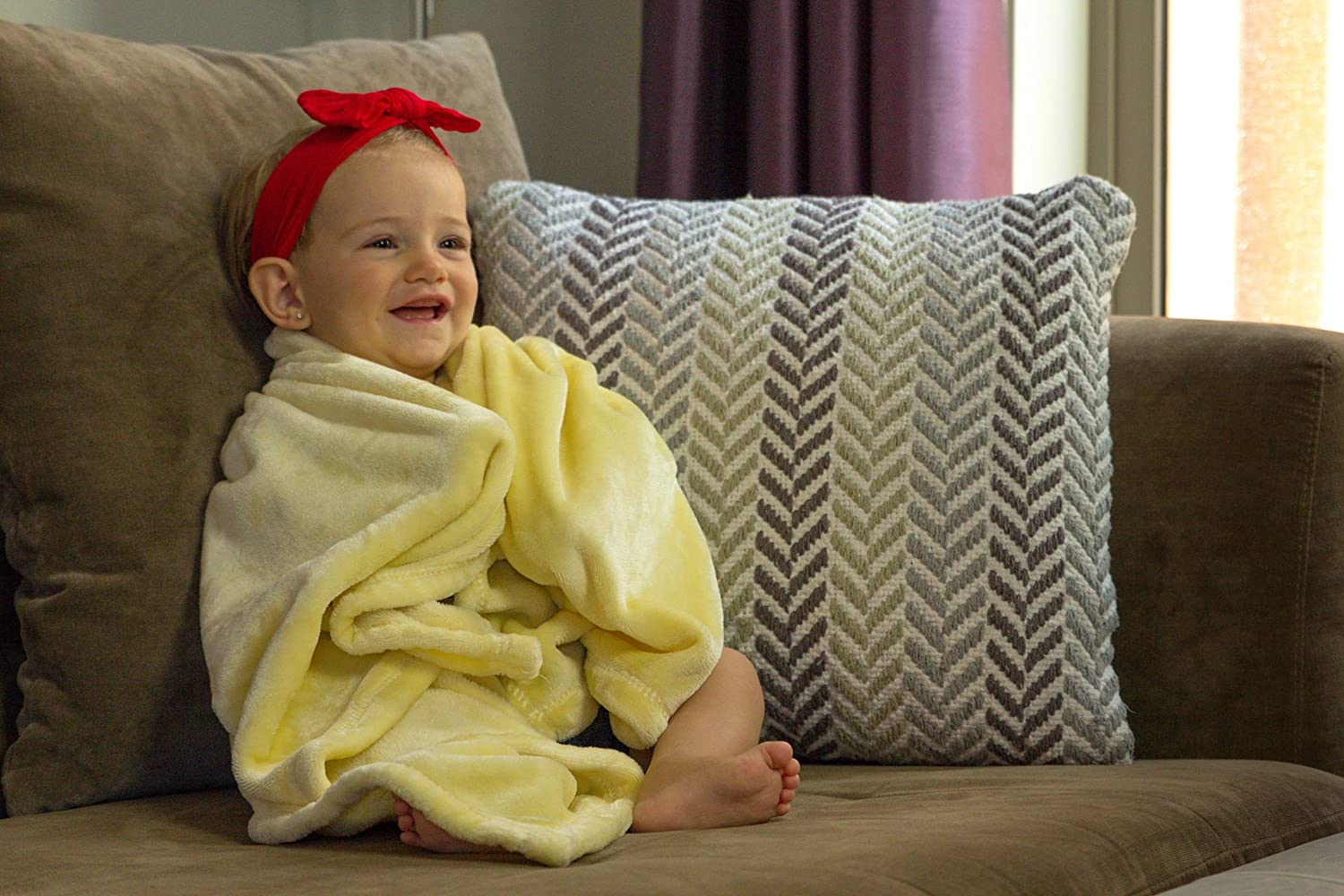 "Luxuriously Soft Baby Blanket - Youthful Yellow - 8"" x 8"" - Super Soft &  Great for Baby Showers by Higher Comfort"