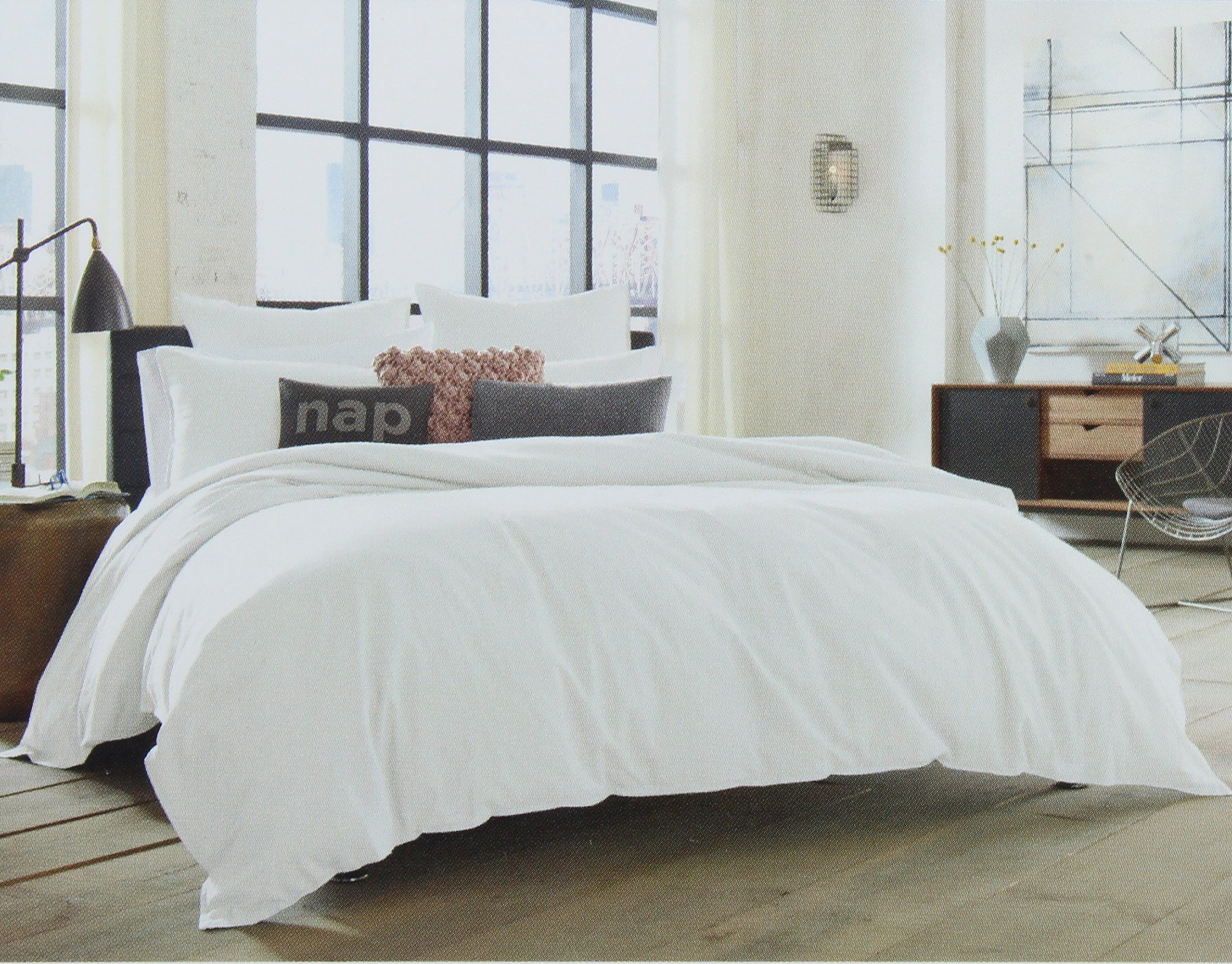 Kenneth Cole Reaction Home Full Queen Size Duvet Cover from the Mineral Bedding Collection in a White Color RN 100350