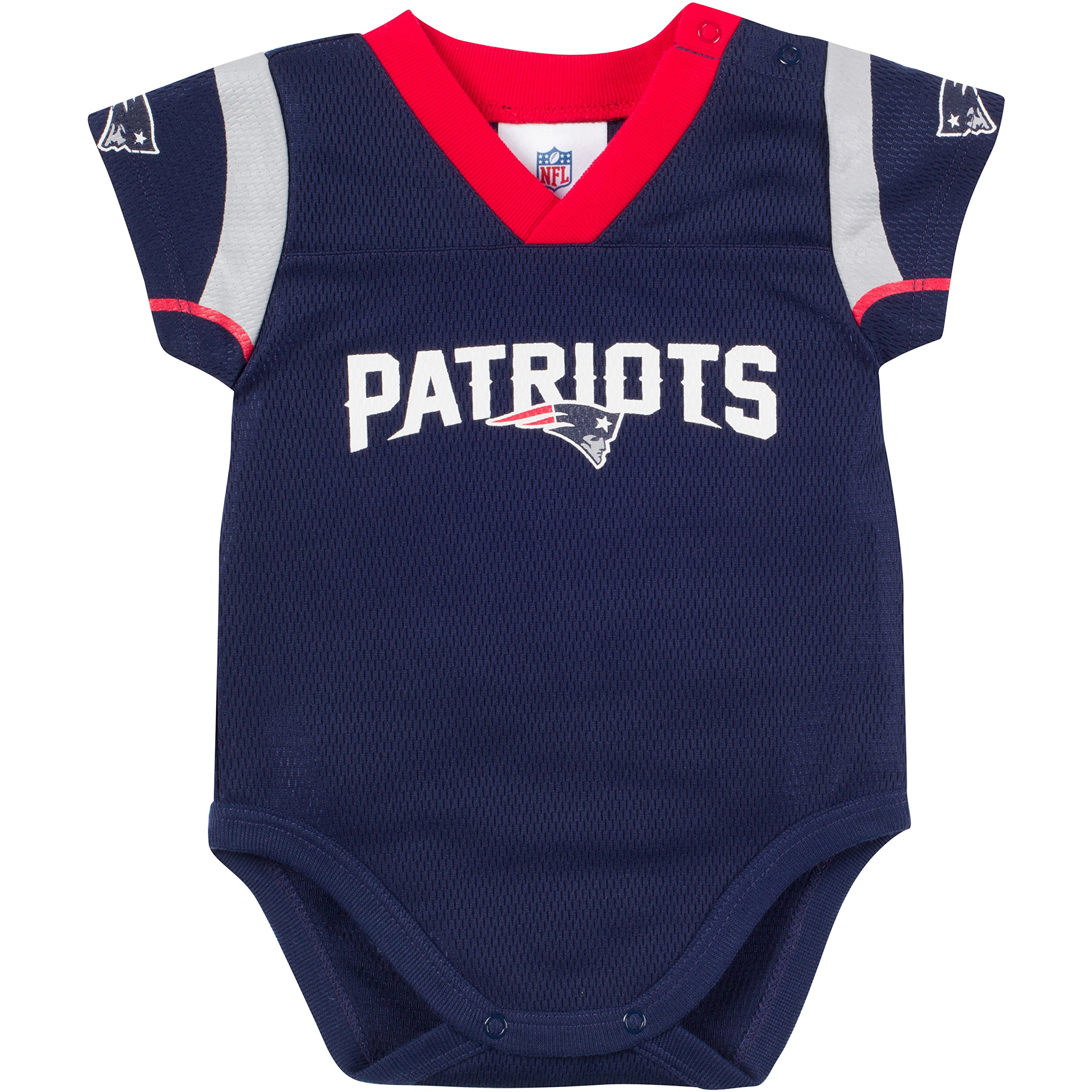 7505d77babb Amazon.com  NFL - New England Patriots   Fan Shop  Sports   Outdoors