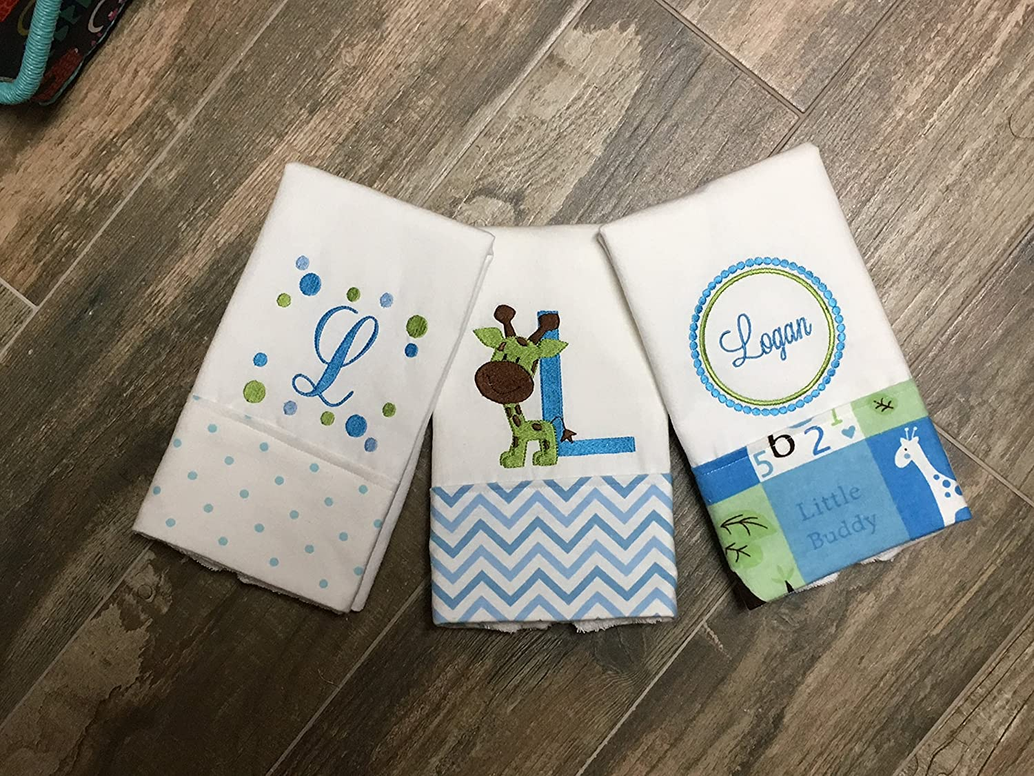 3 Giraffe Personalized Embroidered Burp Cloths, Baby Shower Gift, 3 Blue Burp Cloths, Giraffe Burp Cloth, Boutique Burp Cloth, Boy Gift