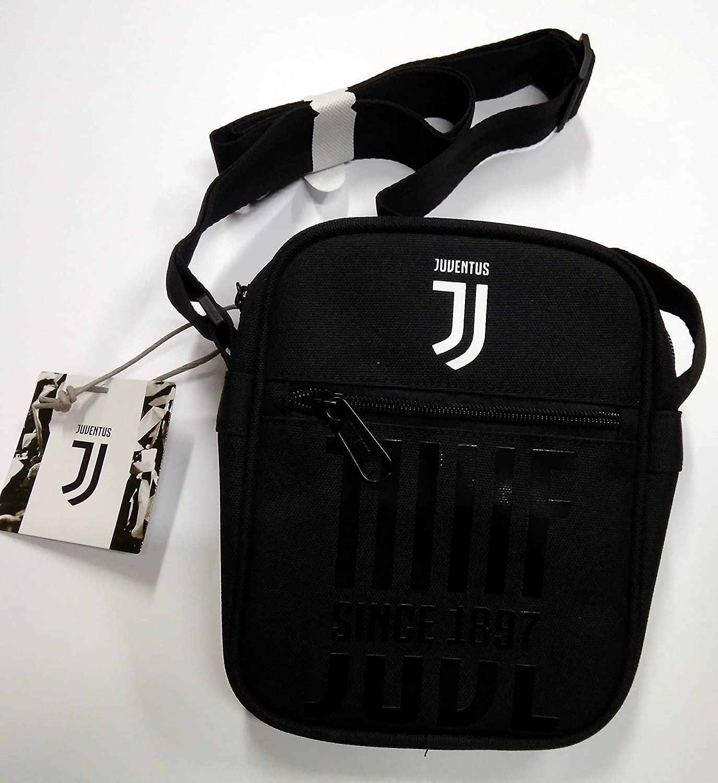 FC JUVENTUS TRACOLLA SEVEN SQUARE SHOULDER BAG DRIBLING  Amazon.it  Scarpe  e borse 5d9129c1e1a