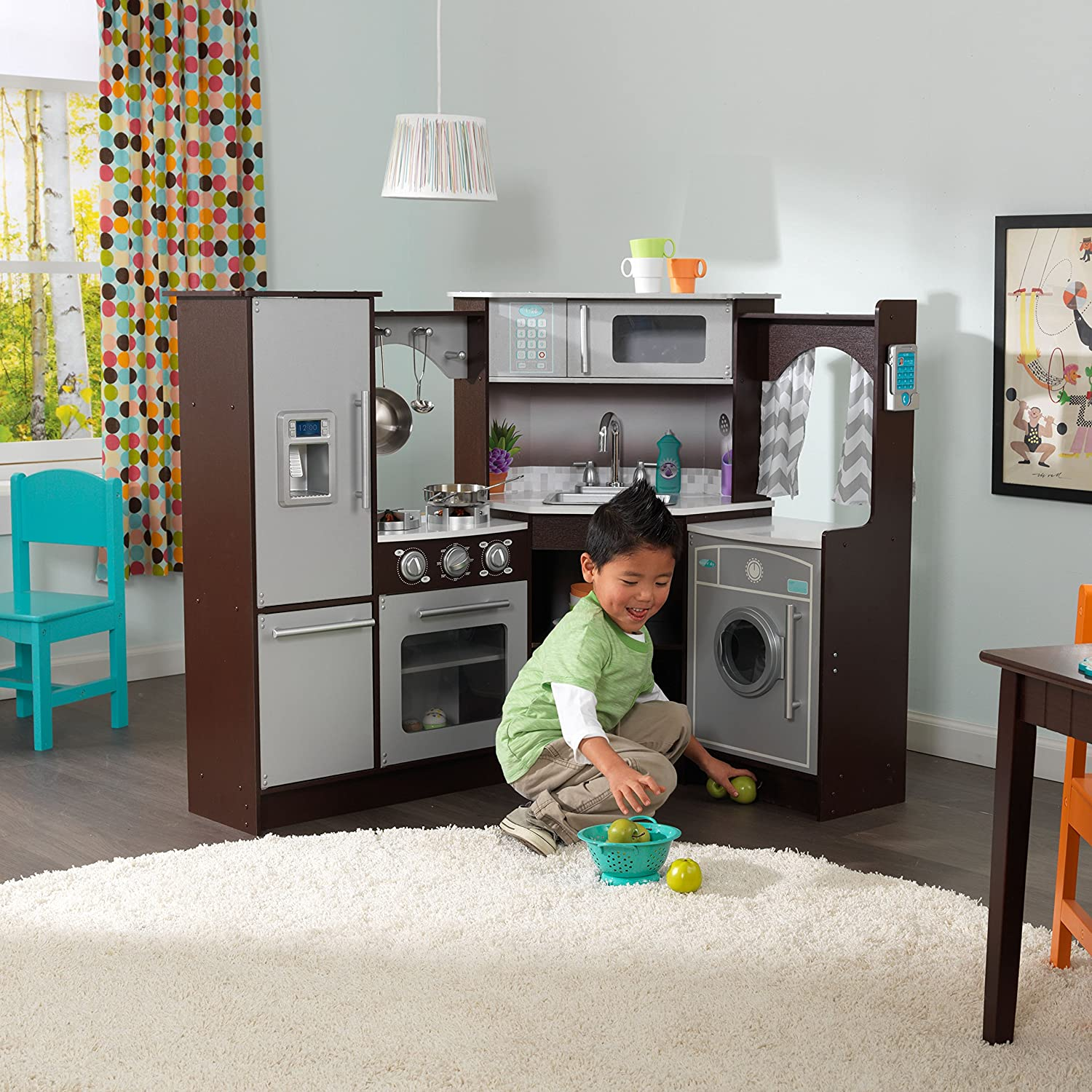 Amazon.com: KidKraft Ultimate Corner Play Kitchen with Lights ...