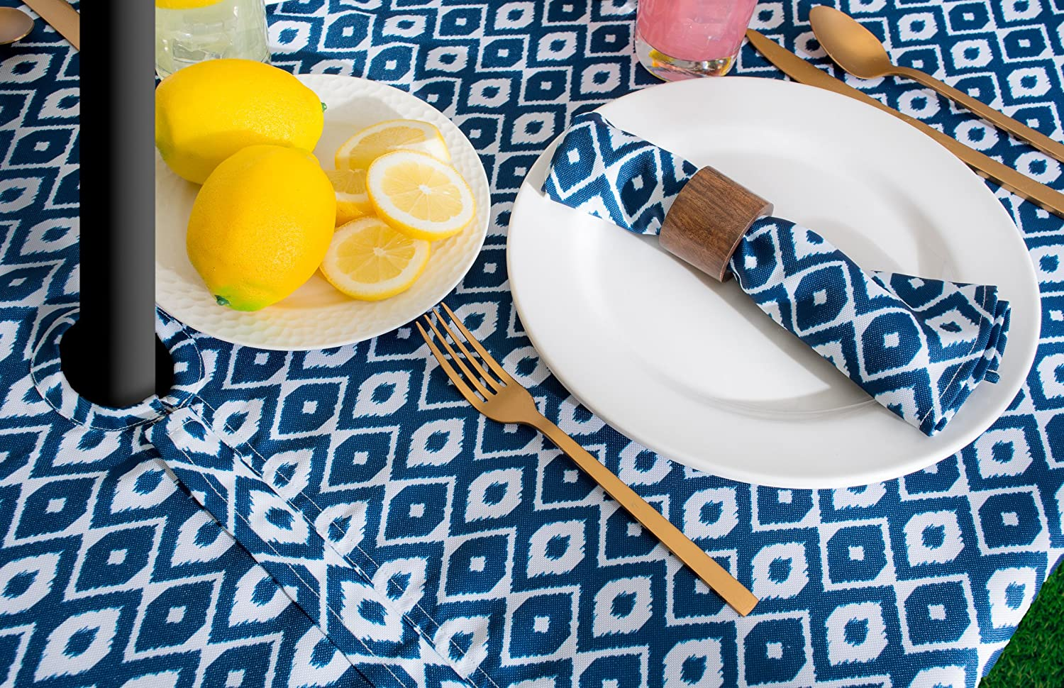 60x84 Round Aqua Diamond w CAMZ36754 Zipper Tablecloth for Outdoor Use with Umbrella Covered Tables Machine Washable Seats 6 to 8 People Spill Proof DII 100/% Polyester