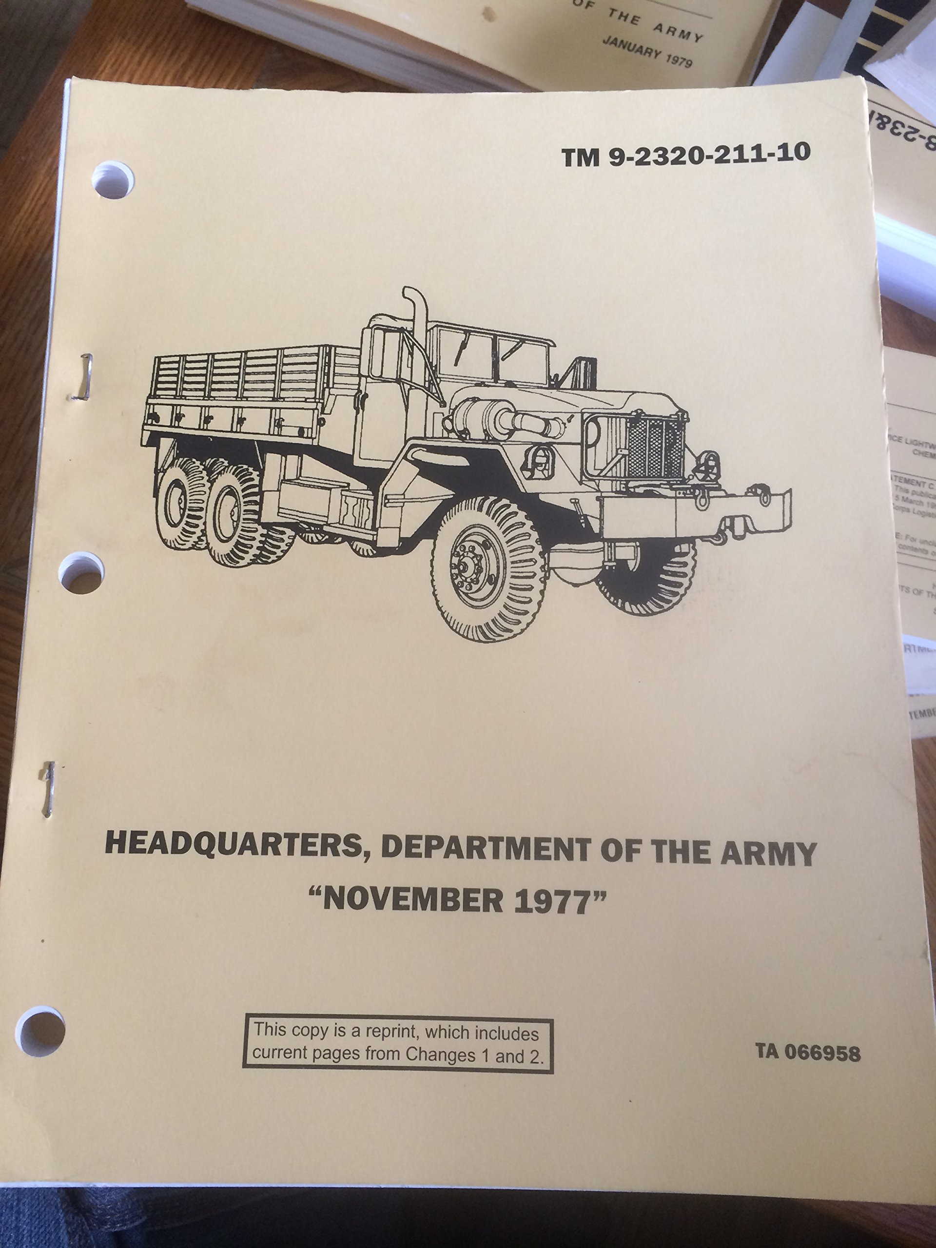 Operator's Manual for Truck, 5-Ton, 6X6, M39 Series: Amazon com: Books