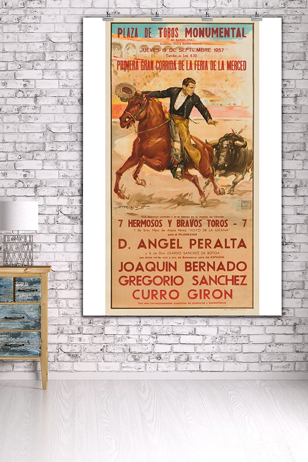 Amazon.com: Plaza de Toros Monumental Vintage Poster (artist: Reus) Spain c. 1957 (36x54 Giclee Gallery Print, Wall Decor Travel Poster): Posters & Prints